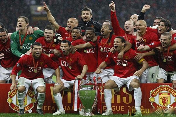 МЮ с кубком Лиги Чемпионов 2008