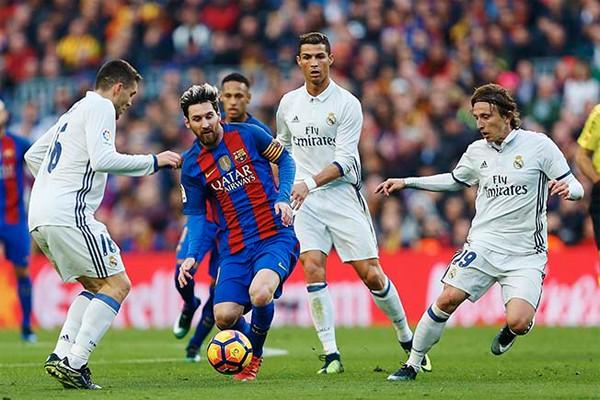 Месси против Реала