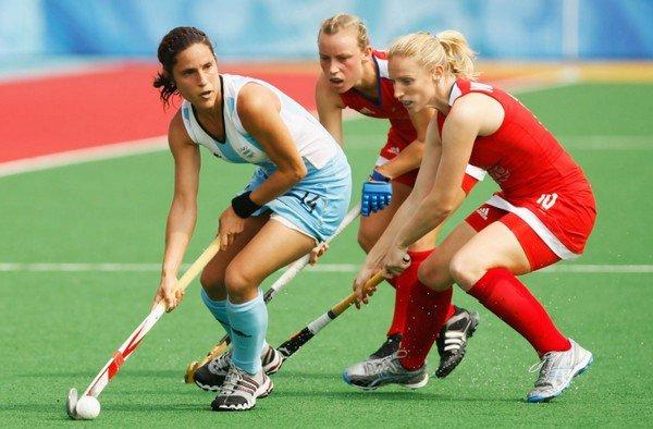 Женский хоккей на траве
