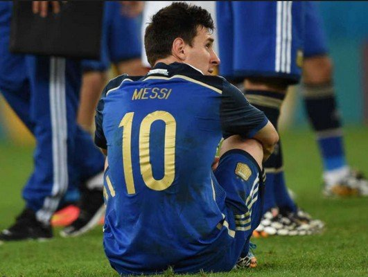 Месси после поражения на мундиале 2014