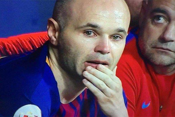 Иньеста плачет в финале Кубка Испании 2018