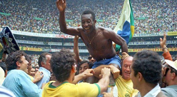 Фото самых запоминающихся моментов чемпионатов мира по футболу