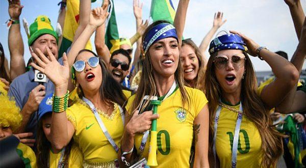 ТОП-10 стран с самыми сексуальными футбольными фанатками