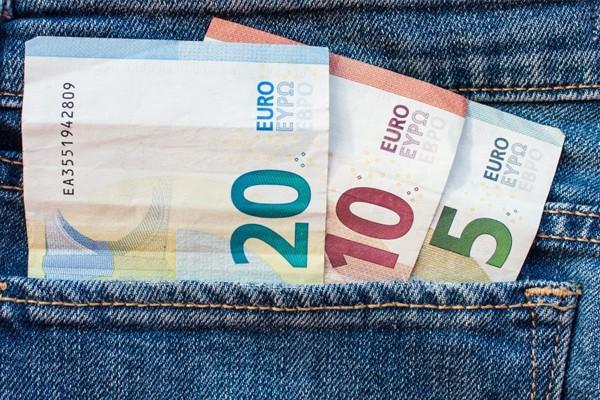 деньги (евро)