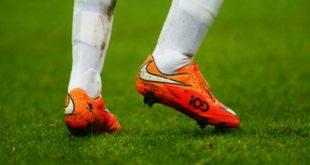 Как ухаживать за футбольной обувью?