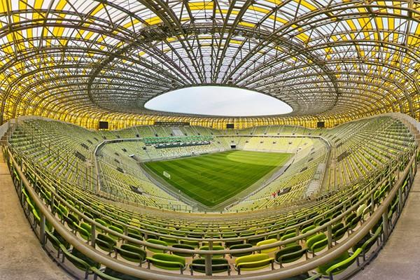 трибуны стадиона Гданьск