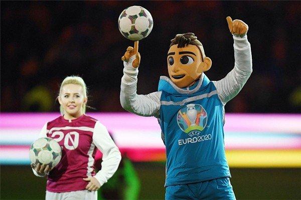 УЕФА представила талисман Евро-2020 по футболу