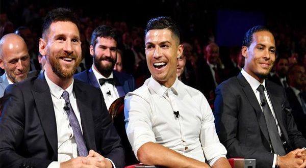 Назван лучший игрок года ФИФА: награду получил Лионель Месси