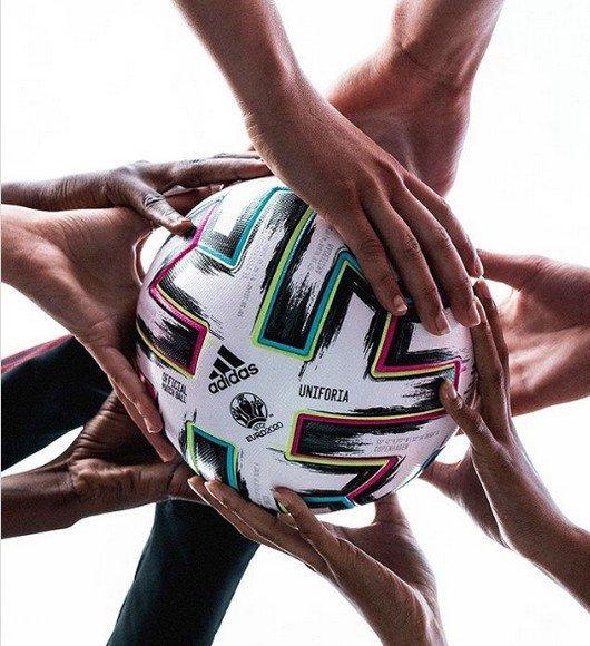 мяч, которым будут играть на ЕВРО-2020