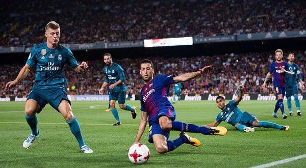 Опорный полузащитник в футболе: его функции на поле
