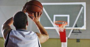 Штрафной бросок в баскетболе: техника выполнения, расстановка игроков, очки, расстояние до кольца