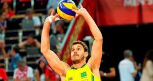 Связующий в волейболе: кто это, где стоит, его функции